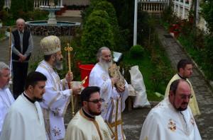 IPS Irineu & Arhim. Ghelasie Tepes - Izvorul Tamaduirii - Manastirea Sighisoara - 25.04.2014