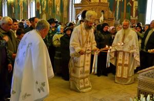 IPS Irineu & Arhim. Ghelasie Tepes - Izvorul Tamaduirii - Manastirea Sighisoara - 25.04.2014-